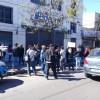 Protesta contra los tarifazos en la sede de Edenor Morón