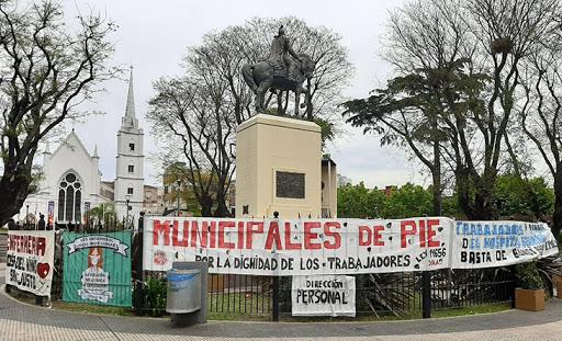 Bandera Municipales de Pie de La Matanza